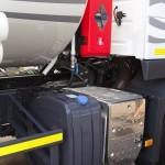 Топливозаправщик с цистерной 17 м³ НПО Авиатехнология на шасси Volvo FM 6х2 на выставке Комтранс 2013 - 5