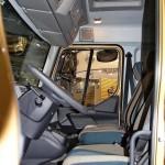 Изотермический фургон Schmitz вместимостью 12 европаллетт на шасси Volvo FL на выставке Комтранс 2013 - 3