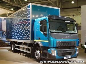 Изотермический фургон АМЗ №1 вместимостью 16 европаллетт с грузоподъемным бортом BAR на шасси Volvo FE 4х2 на выставке Комтранс 2013 - 1