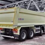 Самосвал с кузовом 20 м³ KH-Kipper на шасси Volvo FMX 8х4 на выставке Комтранс 2013 - 2