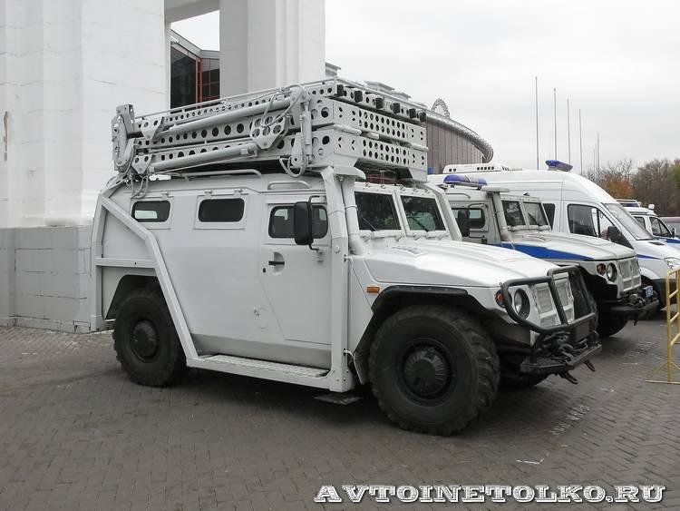 Штурмовой автомобиль Абаим-Абанат на выставке Интерполитех - 4