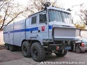 Водометный автомобиль ЛУВР-9,0-60 (532362) модель 100БВР Лавина-Ураган на выставке Интерполитех - 1