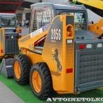 Минипогрузчик с бортовым поворотом Mustang 2012 на выставке MiningWorld Russia 2013 - 1