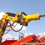Самоходная машина робот Brokk 400 на выставке MiningWorld Russia 2013 - 4