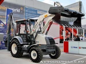 Экскаватор-погрузчик Terex TLB-815RM на выставке MiningWorld Russia 2013 - 1