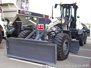Автогрейдер Terex TG 180 на выставке MiningWorld Russia 2013 - 5
