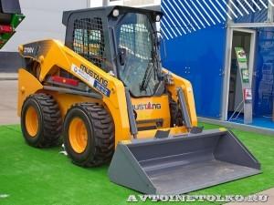 Минипогрузчик с бортовым поворотом Mustang 2700V на выставке MiningWorld Russia 2013 - 1