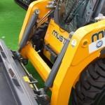 Минипогрузчик с бортовым поворотом Mustang 2700V на выставке MiningWorld Russia 2013 - 3