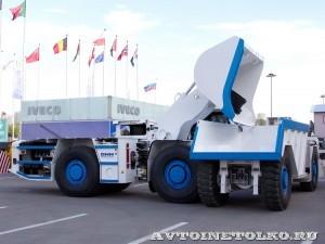 Шахтная погрузочно-доставочная машина GHH LF-11H на выставке MiningWorld Russia 2013 - 9