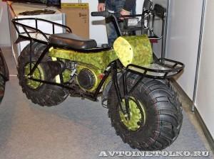 Полноприводный мотоцикл вездеход Тарусь на выставке Вездеход-2014 в Крокус Экспо - 1