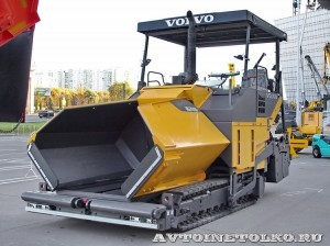 гусеничный асфальтоукладчик Volvo ABG 7820B на выставке Дорога-2013 - 1