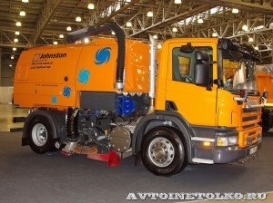 вакуумная подметальная машина Johnston Scania P250 на выставке Дорога-2013