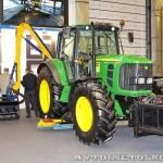 Комбинированная дорожная машина на тракторе John Deere 6930 Arctic Machine на выставке Дорога-2013 - 1