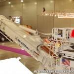 Перегружатель асфальтовой смеси Roadtec SB-2500ex Shuttle Buggy на выставке Дорога-2013 - 3