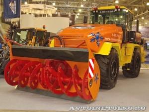 ДЭ-210 БФ-2 на тракторе К-708 на выставке Дорога-2013 - 4
