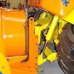 ДЭ-210 БФ-2 на тракторе К-708 на выставке Дорога-2013 - 5