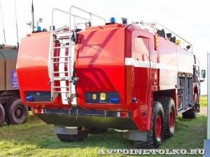 новый аэродромный пожарный автомобиль Oshkosh Striker 3000 для Внуковского аэропорта на авиасалоне МАКС-2013 - 1