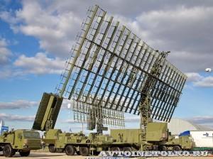 радиолокационный модуль метрового диапазона волн РЛМ-МЕ комплекса 55Ж6МЕ Небо-МЕ на Авиасалоне МАКС-2013 -1