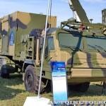 Пункт боевого управления 50К6Е из состава ЗРК С-350Е Витязь на Авиасалоне МАКС-2013 - 3