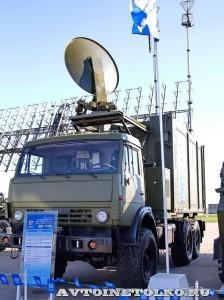 Пункт боевого управления 50К6Е на шасси КамАЗ из состава ЗРК С-350Е Витязь на Авиасалоне МАКС-2013 - 1