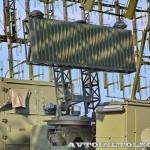 кабина управления КУ РЛК-Е комплекса 55Ж6МЕ Небо-МЕ на Авиасалоне МАКС-2013 - 2