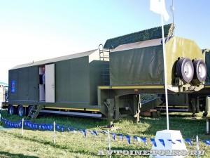 командно-вычислительный пункт мобильной специализированной радиолокационной станции Демонстратор на Авиасалоне МАКС-2013 - 4