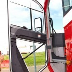 новый аэродромный пожарный автомобиль Oshkosh Striker 3000 для Внуковского аэропорта на авиасалоне МАКС-2013 - 9