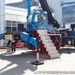 """автокран """"Ловец метеоров"""" Челябинец КС-55733 на выставке СТТ 2013 - 5"""