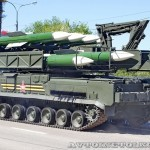 пуско-заряжающая установка 9А316 комплекса ПВО Бук-М2 на параде 9 мая 2014 года в Москве - 3