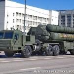 пусковая установка зенитно-ракетной системы С-400 Триумф на параде 9 мая 2014 года в Москве - 2