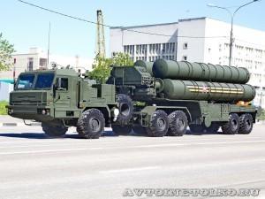 пусковая установка зенитно-ракетной системы С-400 Триумф на параде 9 мая 2014 года в Москве - 4
