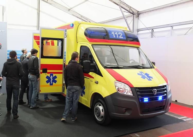 Автомобили скорой помощи ПромТех Самотлор НН на выставке RETTmobil 2014 - 1
