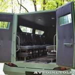 Бронированный автомобиль Колун 6х6 с закрытым 16-местным кузовом на выставке Промышленный дизайн оборонной продукции -