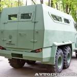 Бронированный автомобиль Колун 6х6 с закрытым 16-местным кузовом на выставке Промышленный дизайн оборонной продукции - 2