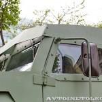 Бронированный автомобиль Колун 6х6 с закрытым 16-местным кузовом на выставке Промышленный дизайн оборонной продукции - 4