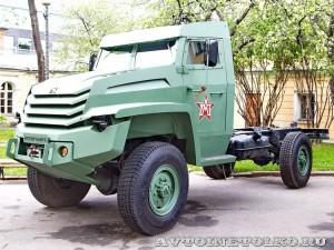 Грузовой бронированный автомобиль Колун 4х4 на выставке Промышленный дизайн оборонной продукции - 2