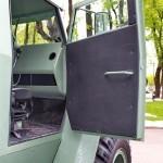 Бронированный автомобиль Колун 6х6 с закрытым 16-местным кузовом на выставке Промышленный дизайн оборонной продукции - 23