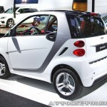 Легковой автомобиль Smart Fortwo Passion 62 KWt на Московском Автосалоне ММАС 2012 - 1