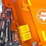 Самосвал МультиТрак на шасси IVECO Trakker 8x4 на тест-драйве нового IVECO Trakker полигон НАМИ 2014 - 9