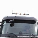 Магистральный седельный тягач Renault T460 с полуприцепом-шторником Schmitz Cargobullна презентации R-EVOLUTION 2014 - 3