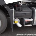 Магистральный седельный тягач Renault T460 с полуприцепом-шторником Schmitz Cargobullна презентации R-EVOLUTION 2014 - 5