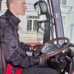 Магистральный седельный тягач Renault T520 с изотермическим полуприцепом Schmitz Cargobull на презентации R-EVOLUTION 2014 - 8