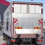 Развозной фургон Schmitz Cargobull на шасси Renault D340 на презентации R-EVOLUTION - 14