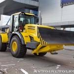 универсальная дорожная машина К-702МБА-УДМ2-3 на выставке СТТ-2014 - 6