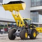 универсальная дорожная машина К-702МБА-УДМ2-3 на выставке СТТ-2014 - 3