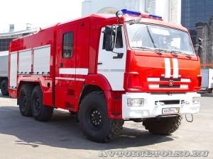 пожарная автоцистерна АЦ-5,0-40 с системой NATISK-2 СпецАвтоТехника на салоне Комплексная Безопасность 2014 - 1