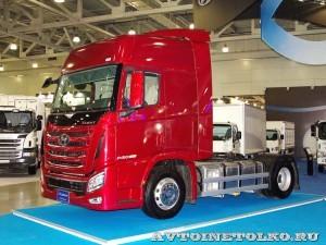 Магистральный тягач Hyundai Xcient P410 4x2 на выставке COMTRANS-13 - 9