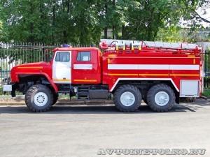 пожарная автоцистерна АЦ-5,5-40 (Урал-5557) УСПТК на салоне Комплексная Безопасность 2014 - 8