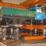 ЗиЛ 432930 с модернизированной ходовой частью на стенде Шенк завод ЗиЛ май 2013 - 3