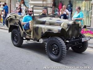 1941 ГАЗ-64 Максим Зубарев и Виктория Зубарева, Москва на ГУМ Авторалли Gorkyclassic-2014 - 1